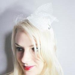 1920s white tulle and bow flapper headband